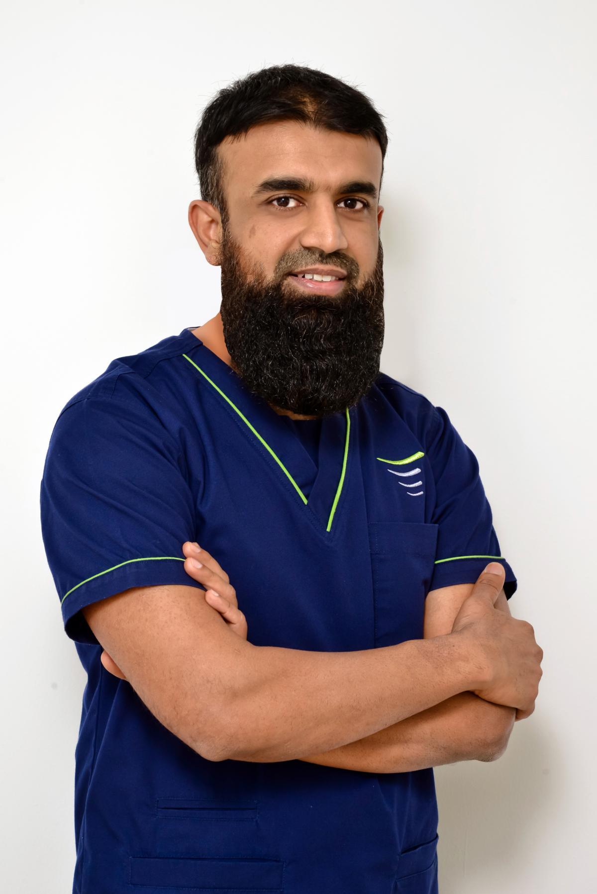 Dr. Tanveer Ahmed - Implantologist and Dental Surgeon Dubai