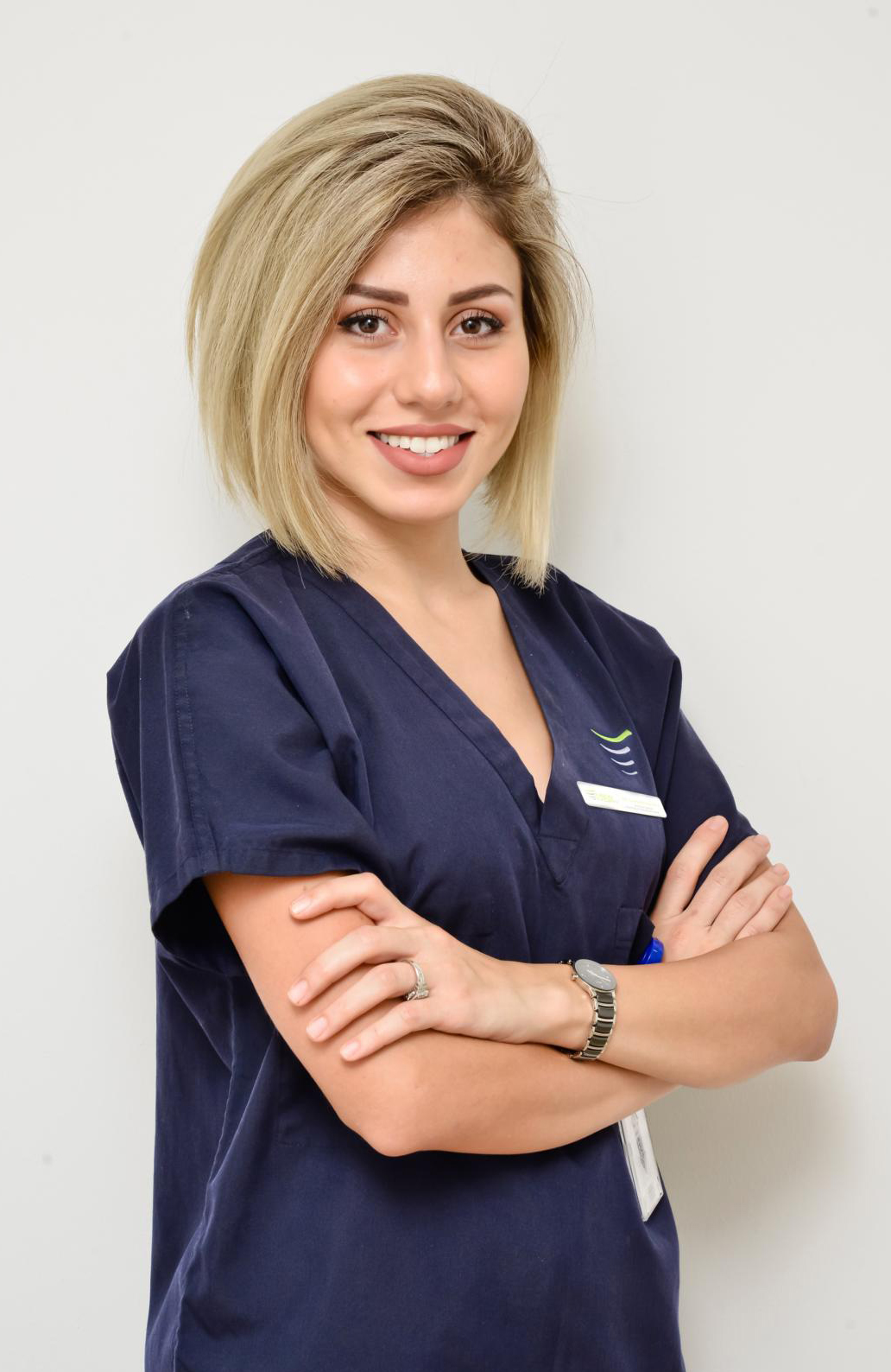 Dr.Mona Ziadkhani - Dental surgeon Dubai